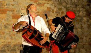 Les musiciens du groupe Castanha & Vinovel